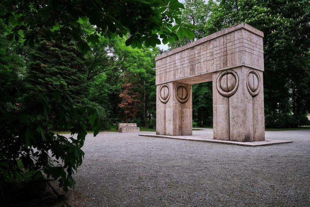 Poarta Sarutului Targu Jiu