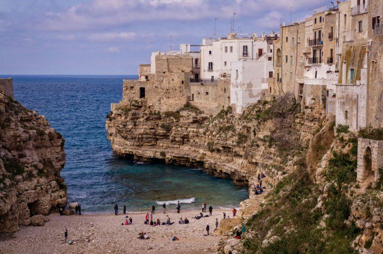 Cat costa o excursie in Italia? Calatoreste low-cost!