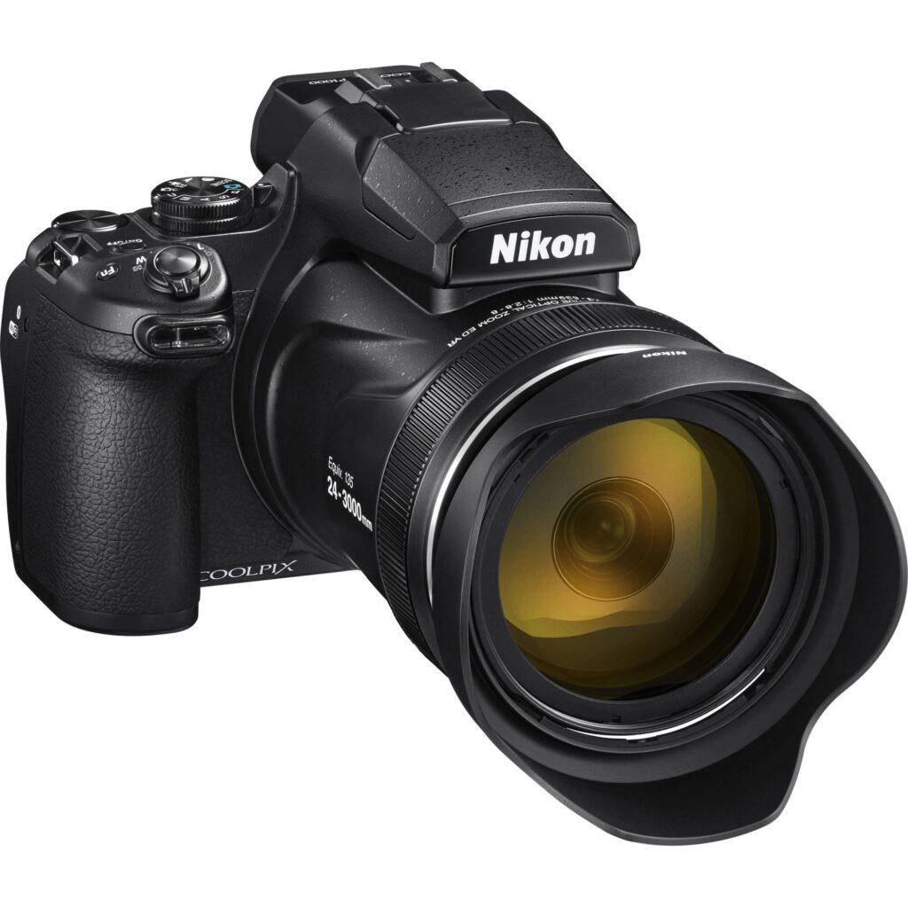 Aparate Foto pentru Calatorii Nikon P1000