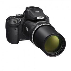 Aparate foto pentru calatorii Nikon P900
