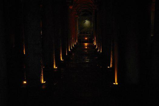 Basilica Cistern – Palatul Scufundat din Istanbul