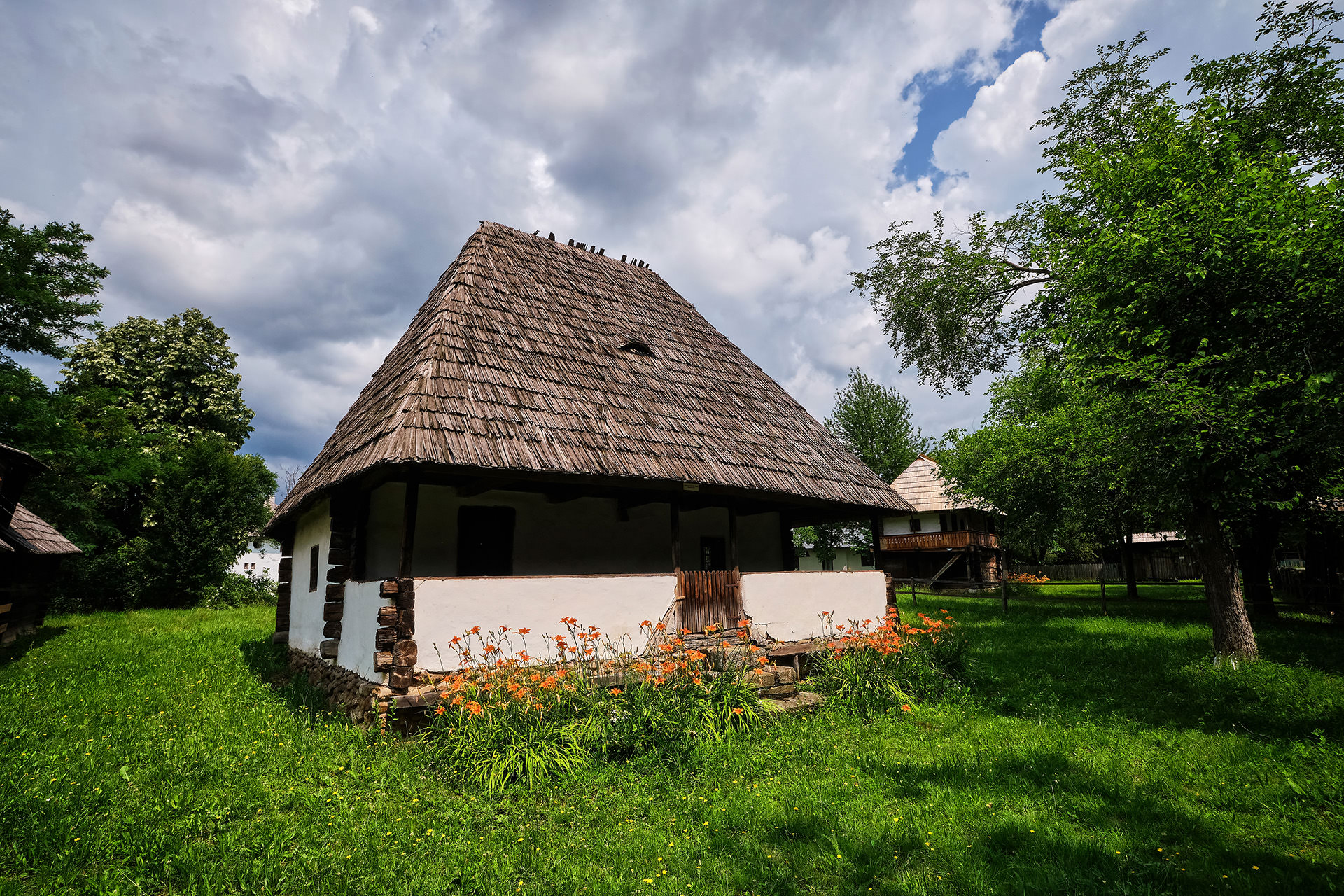 Judetul Gorj - Muzeul Curtisoara 2