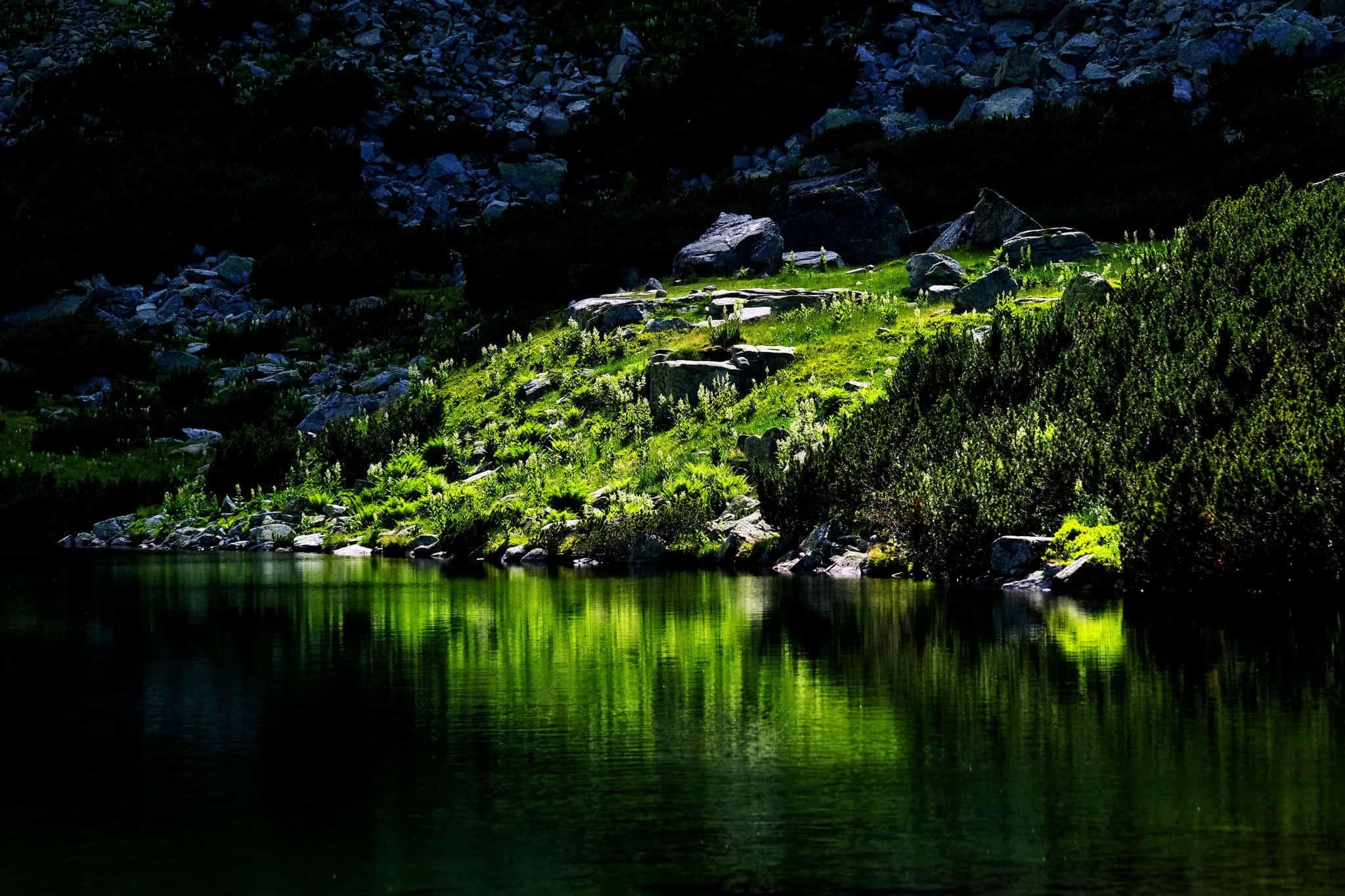 Lacul Galcescu din Muntii Parang